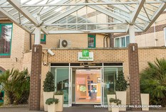 /imageLibrary/Images/4428 heathrow airport holiday inn slough windsor images 5