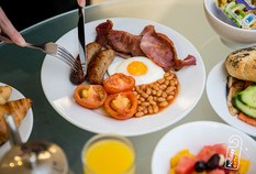 /imageLibrary/Images/5936 gatwick airport courtyard by marriott hotel breakfast
