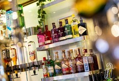 /imageLibrary/Images/5936 gatwick airport premier inn north bar drinks