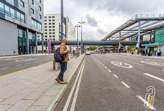 /imageLibrary/Images/5936 gatwick airport premier inn north walkway