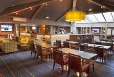 /imageLibrary/Images/83250 edinburgh holiday inn express lounge 5