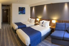 /imageLibrary/Images/83250 edinburgh holiday inn express twin 3