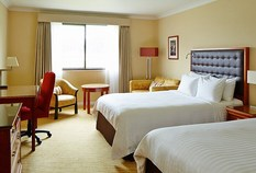 /imageLibrary/Images/83622 heathrow marriott windsor bedroom