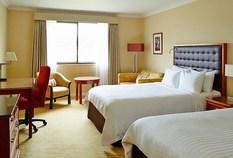 /imageLibrary/Images/83622 heathrow marriott windsor bedroom