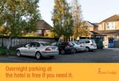 /imageLibrary/Images/84002 gatwick airport acorn lodge 16.png