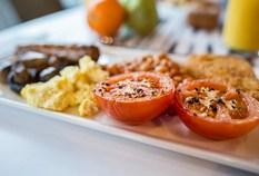 /imageLibrary/Images/84170 birmingham airport ibis hotel 0009 breakfast plate 13
