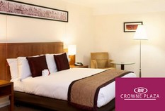 /imageLibrary/Images/84240 heathrow airport hotel crowne plaza