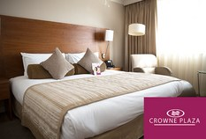 /imageLibrary/Images/84240 manchester airport crowne plaza hotel larger front