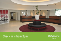 /imageLibrary/Images/84388 gatwick airport holiday inn worth caps reception.png