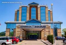 /imageLibrary/Images/86059 gatwick airport sandman signature captions 1