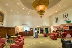 /imageLibrary/Images/Holiday Inn Norwich reception