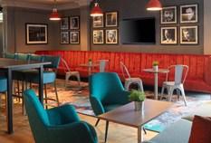 /imageLibrary/Images/edinburgh airport doubletree hilton bar
