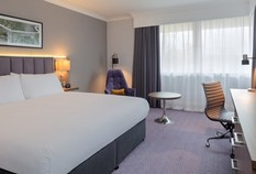 /imageLibrary/Images/edinburgh airport doubletree hilton standard room