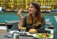 /imageLibrary/Images/5887 london gatwick hilton hotel amys restaurant